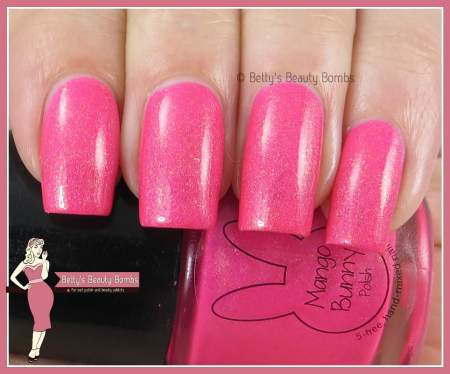 mango-bunny-polish-pinking-of-summer-swatch