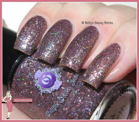 gothic-gala-lacquers-wop-bam-boom-swatch