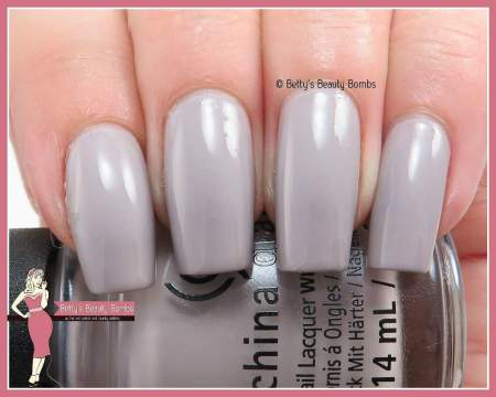 china-glaze-change-your-alitutude-swatch