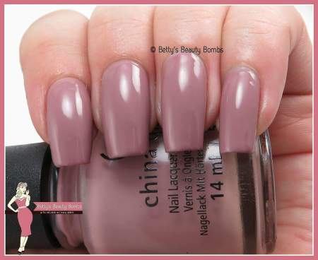china-glaze-my-lodge-or-yours-swatch