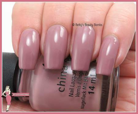 china-glaze-my-lodge-or-yours