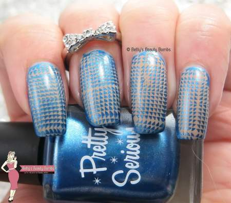 brown-and-blue-nail-art