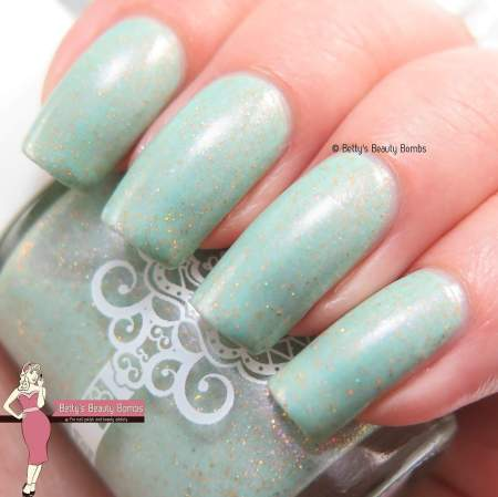 glitterdaze-i-need-kelp-swatch