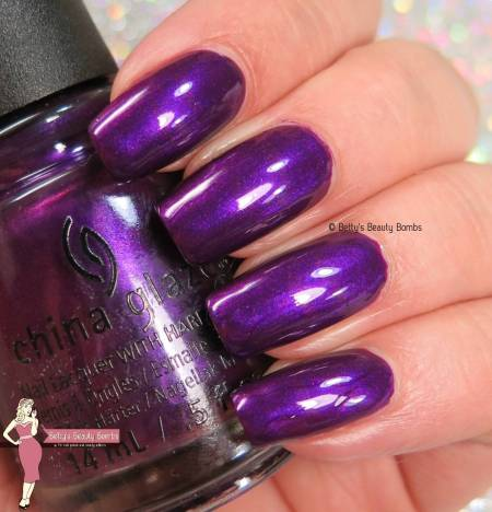 china-glaze-purple-fiction-swatch