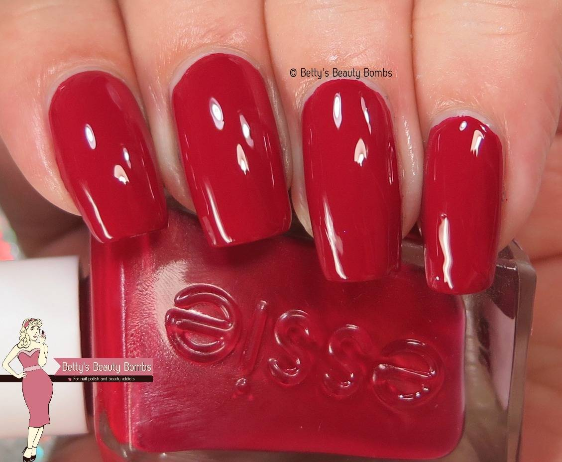 Essie Gel Couture Review - Lazy Betty