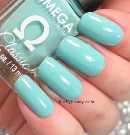 omega-airy-fairy-swatch