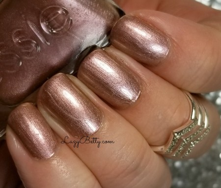 essie-gold-gilding-swatch