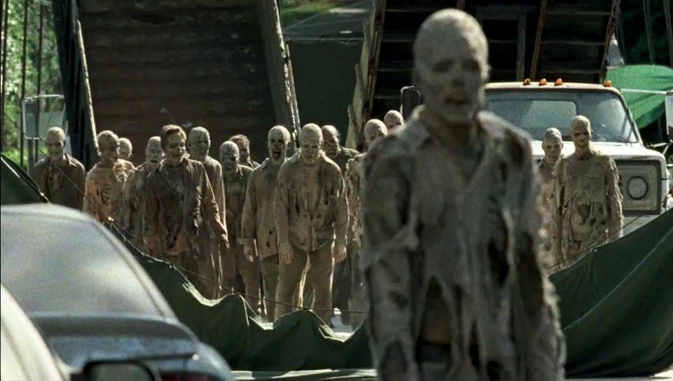 the-walking-dead-episode-s706-mummy-walkers