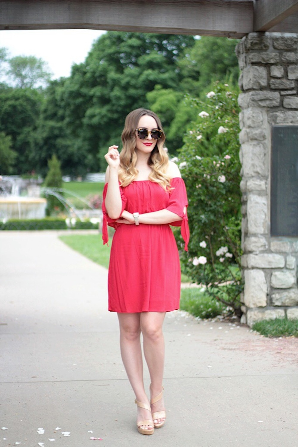 cold shoulder dress style blogger