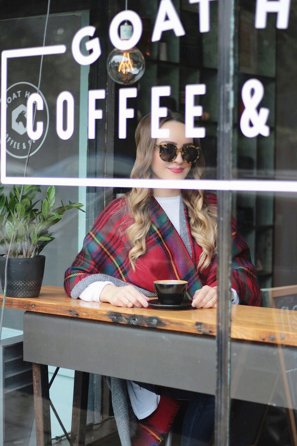 fall style plaid cape rachel puccetti between two coasts