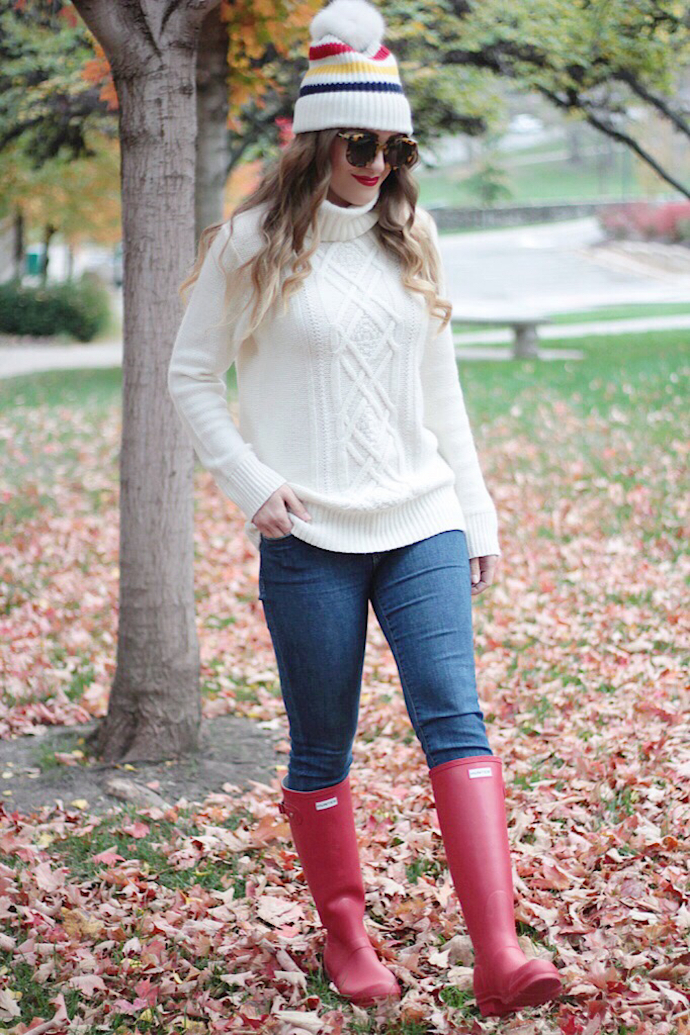 red hunter boots and sweater rachel puccetti