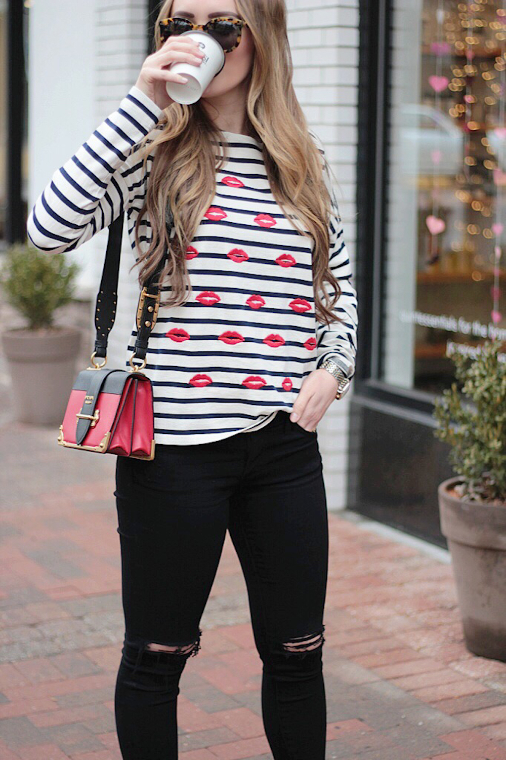 black red and navy outfit rachel puccetti between two coasts