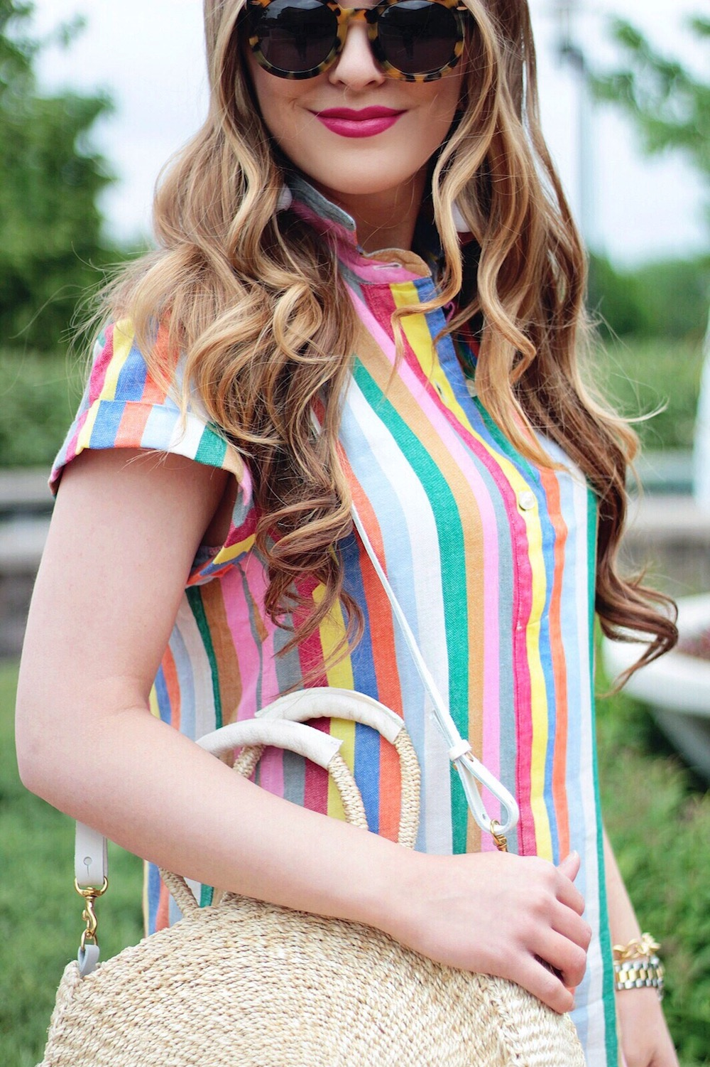 summer outfit ideas colorful shirtdress rachel puccetti