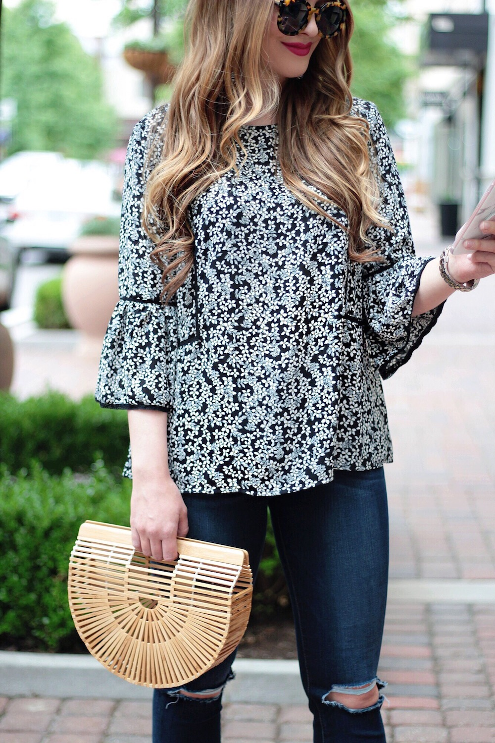 who what wear floral top rachel puccetti between two coasts