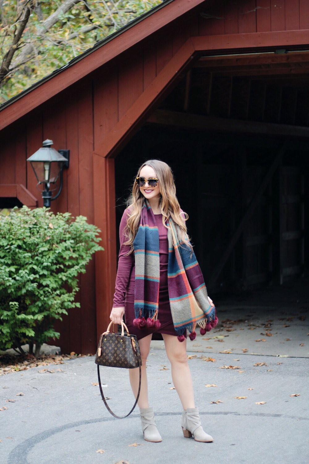 burgundy fall outfit rachel puccetti between two coasts