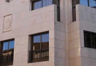 L'Ajuntament suspén el cobrament de taxes i impostos