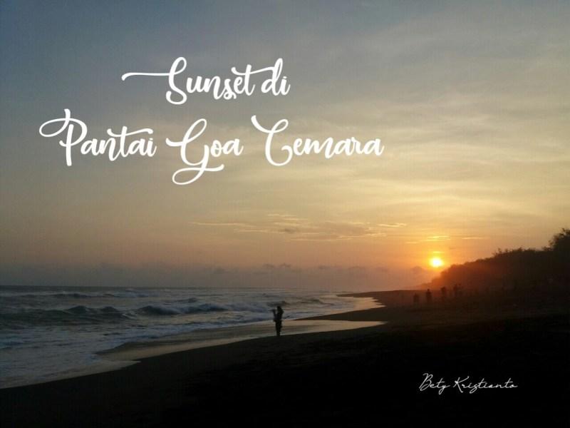Menikmati Sunset di Pantai Goa Cemara