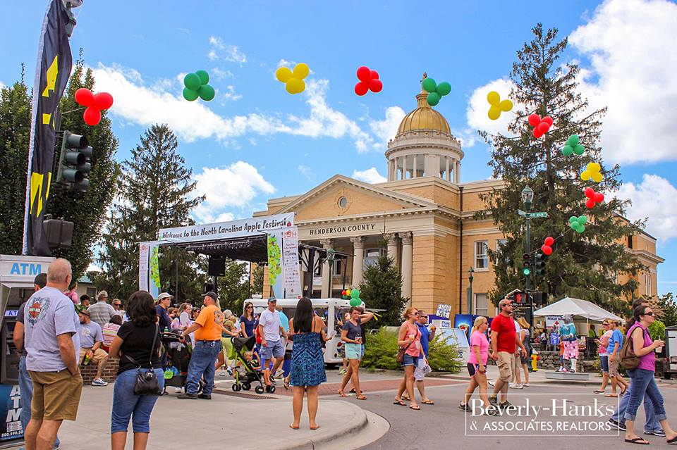 2016 Labor Day Events in WNC: Hendersonville Apple Festival
