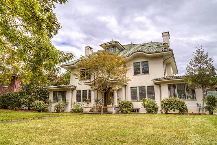 Grove Park homes are a living nod to Asheville's history.