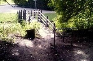 In -en uitgang voetpad park A16
