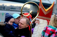 Sint komt aan op IJsselmondsehoofd