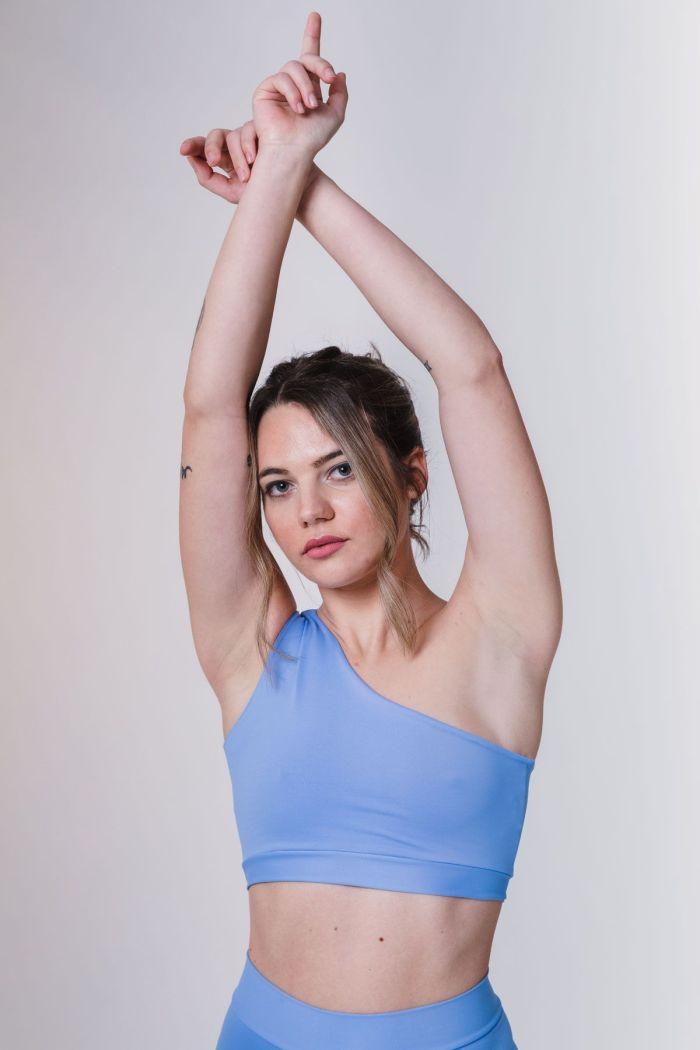 sujetador deportivo azul mujer barcelona