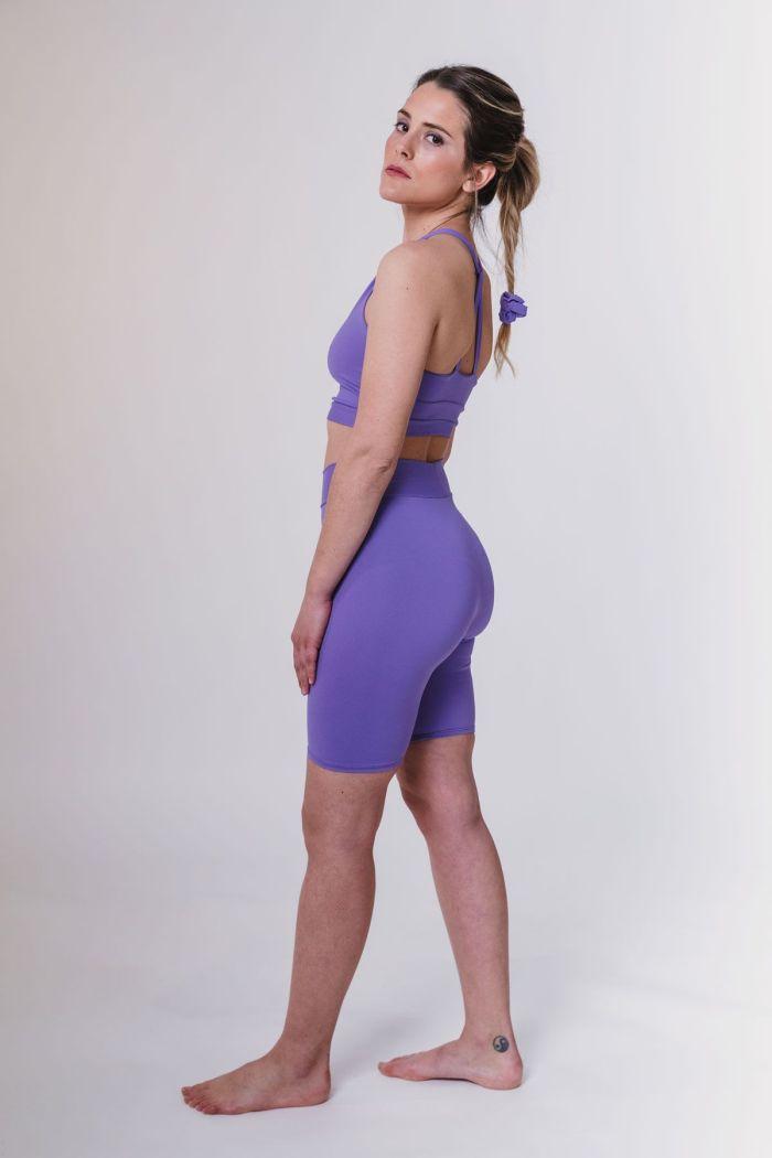 leggins ciclista cortos lila