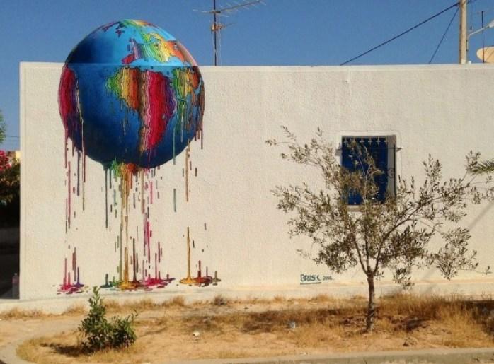effervescence colorée du street-artiste Brusk globe