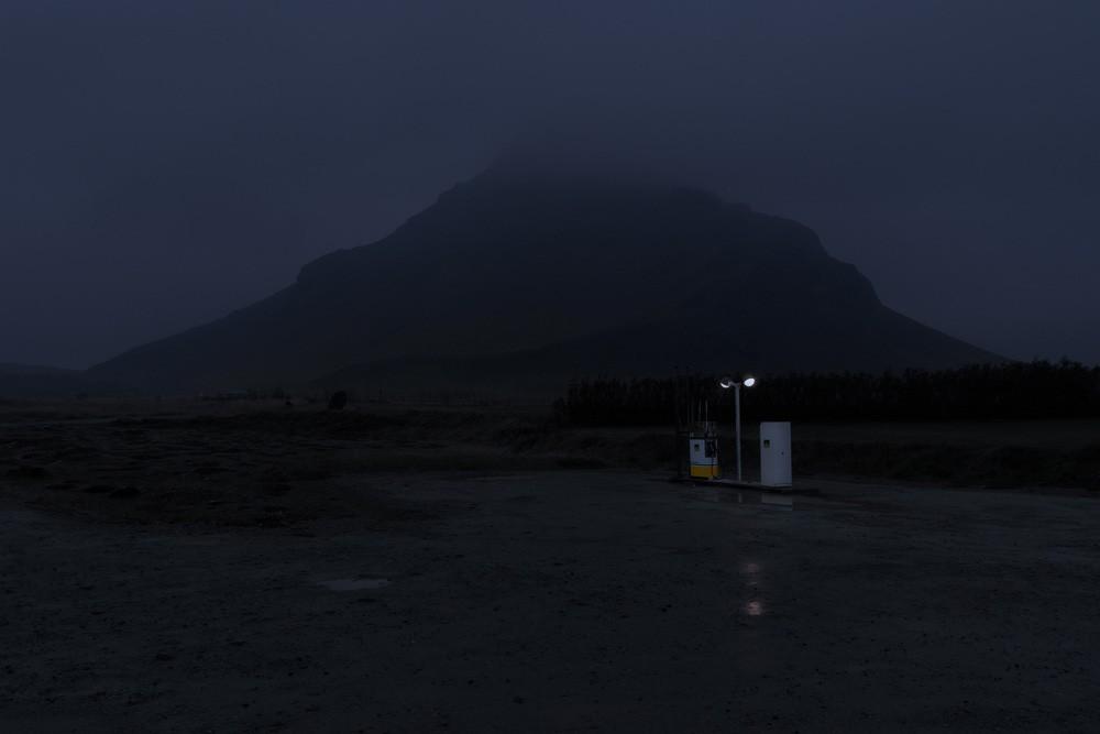 montagne dans la nuit