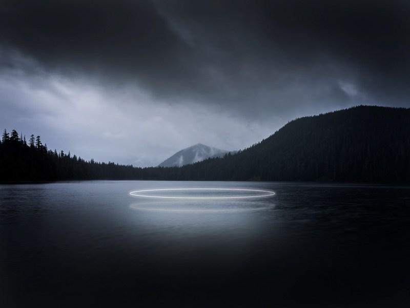 lac, néon Ludwig Favre