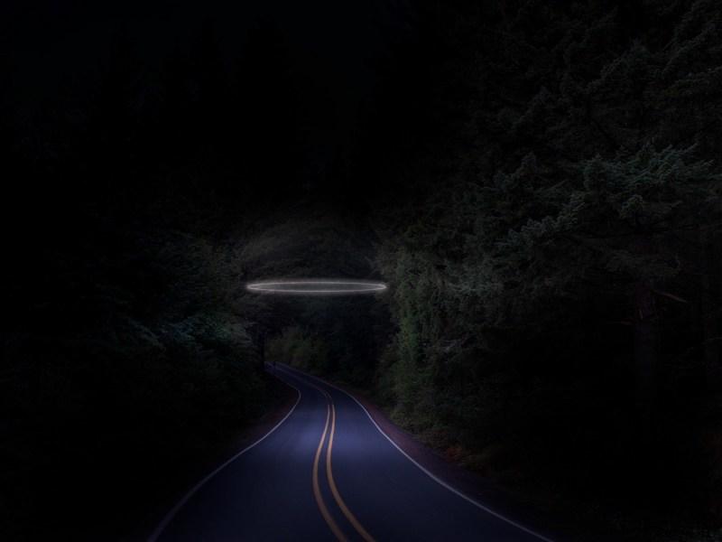 route néon par le photographe Ludwig favre