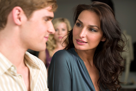 How to Make a Guy Fall in Love With You – Familymine