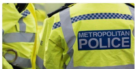 "London's Mayor crackdowns on ""Deadly Knives"""
