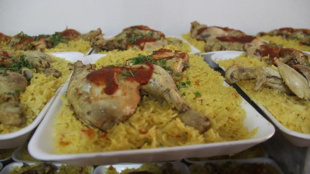 مشروع إفطار صائم بدعم الشيخ مبارك السويكت