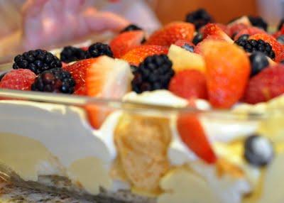 Easy Fresh Berry Trifle Recipe