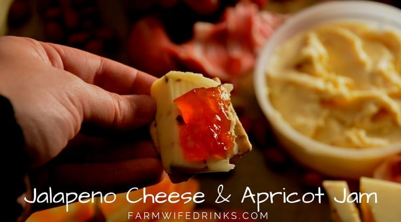 Jalapeno Cheese and Apricot Jelly Crackers