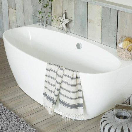 Cove Back-to-Wall Bath