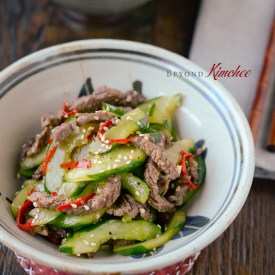 Beef and Cucumber Stir-fry makes a quick rice bowl dish under 20 minutes.