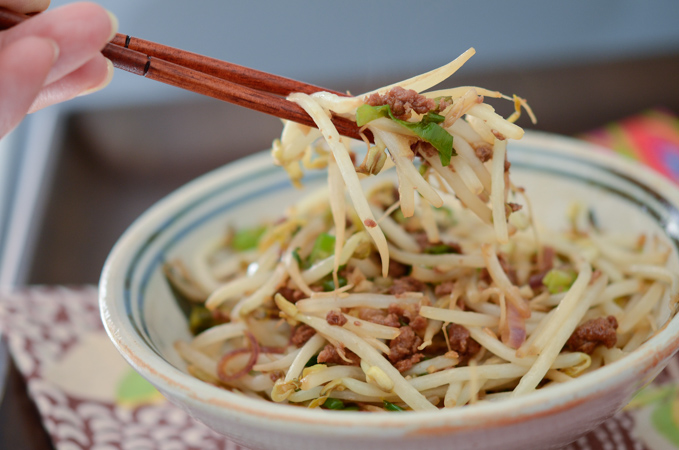 Easy Mung Bean Sprouts