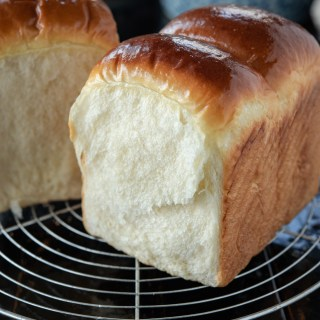 soft and fluffy milk bread without Tanzhong