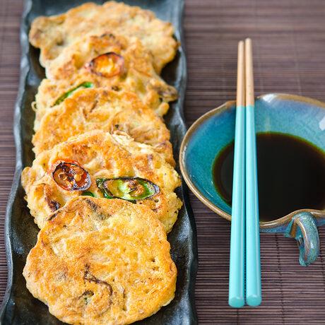 Korean Mung Bean Pancakes (Bindaetteok)