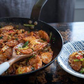 spicy Korean rice cake stir-fry