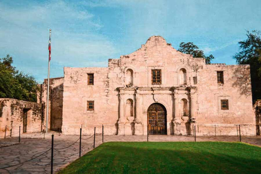 the-alamo-fun things to do in san antonio texas