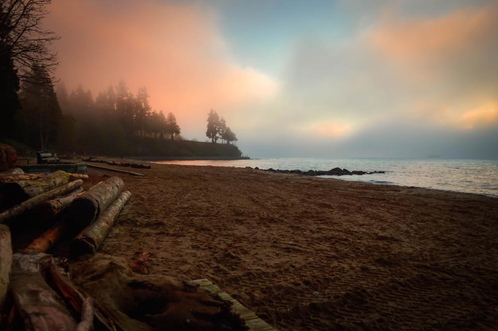 Third Beach during sunset in Vancouver, foggy beach weather, Stanley Park