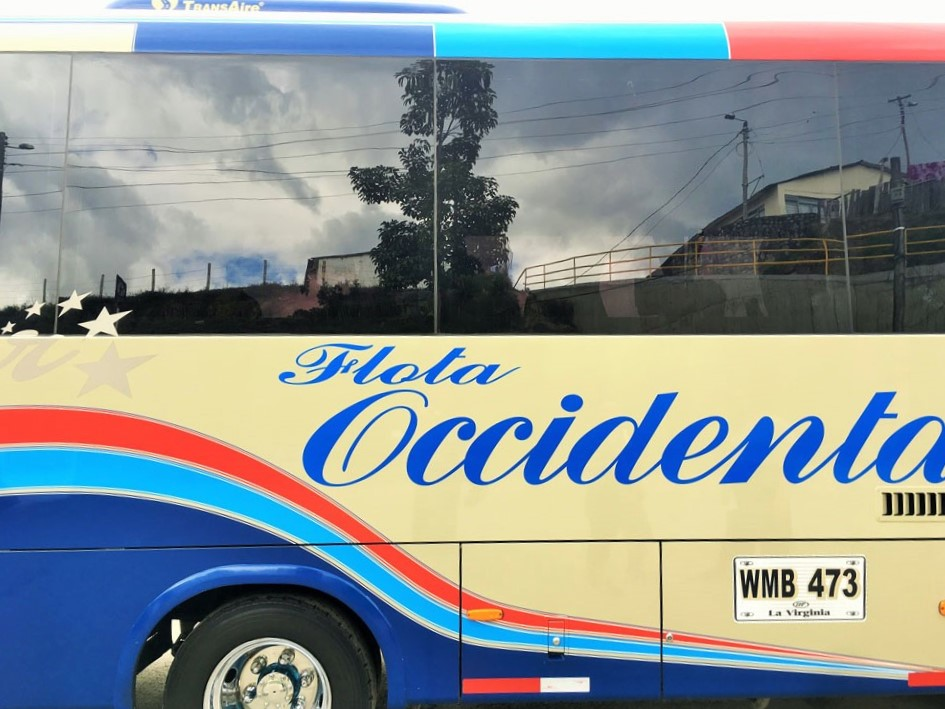 Bus from Medellin to Salento