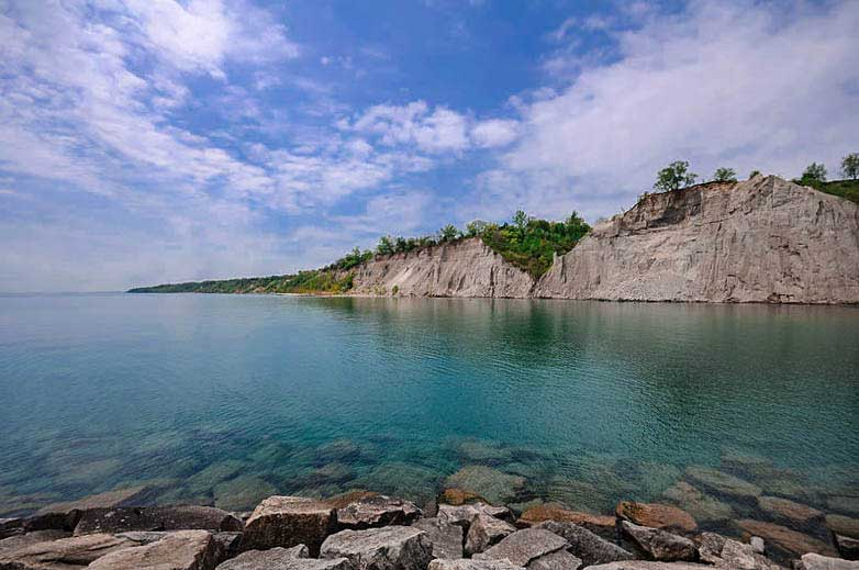 Scarborough-Bluffs-during-the-day