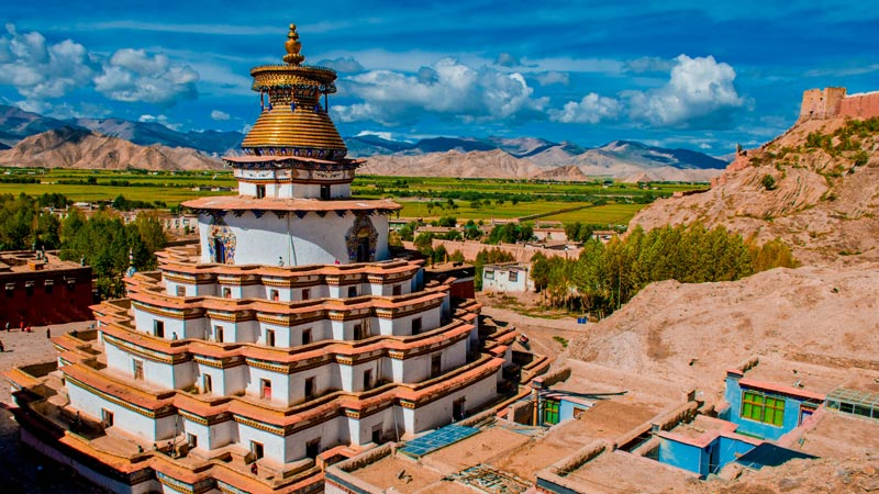 Gyantse-tibet-temple-must-visit-tibet-plateau