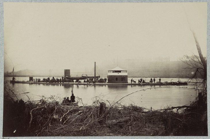 33958v: The monitor Mahopac, James River, Va.