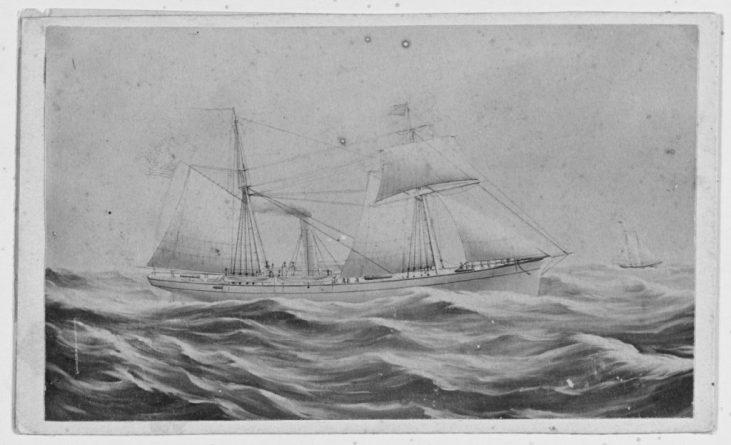 NH 42052 USS Vicksburg