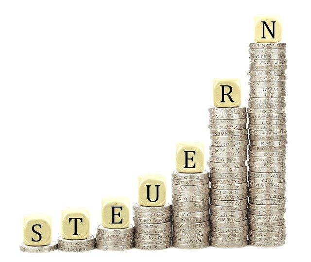 Was sind Steuern, wer bekommt sie und wie kannst du sparen?